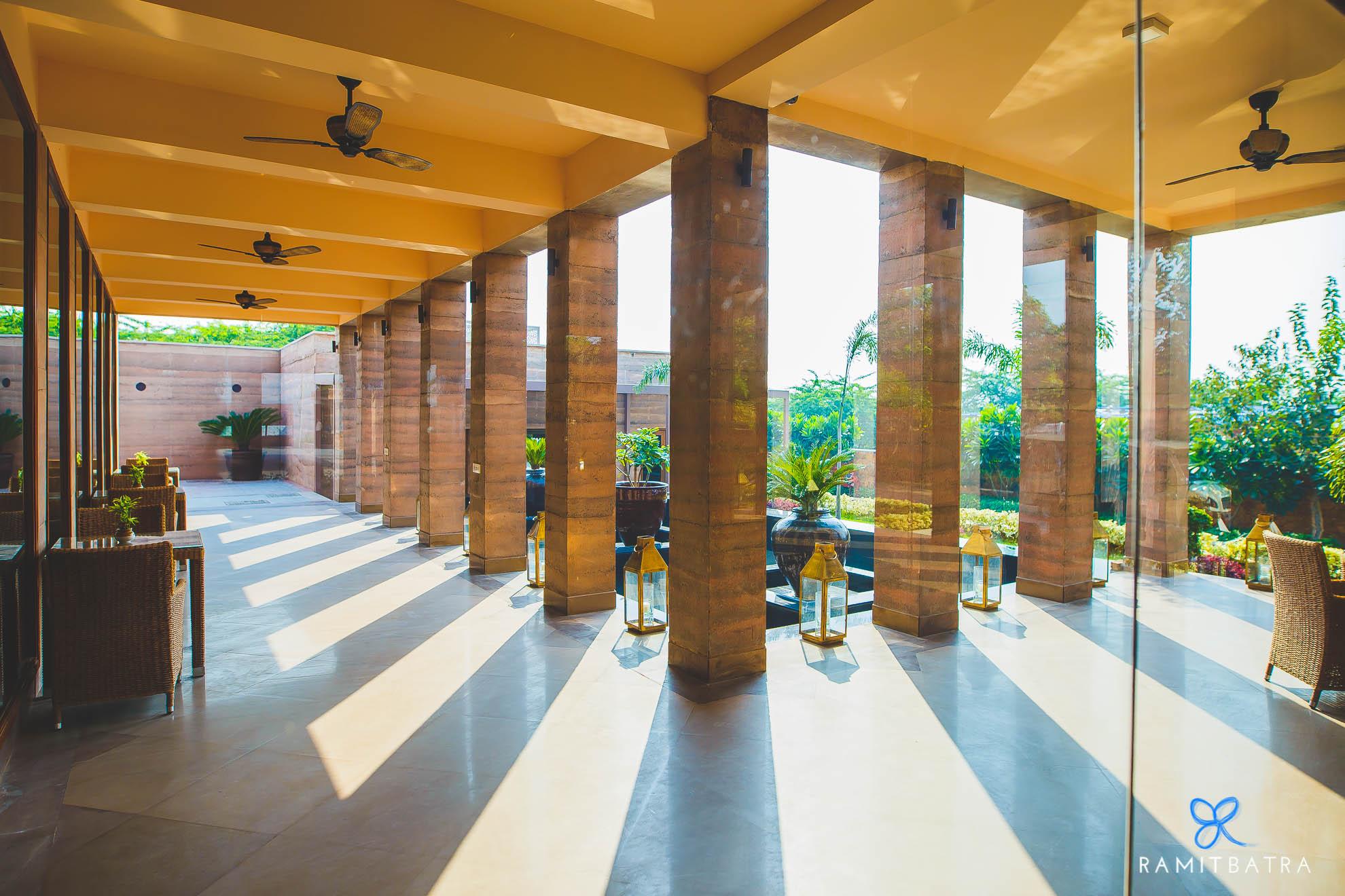 lalit-mangar-hotel-near-delhi-ramitbatra-001