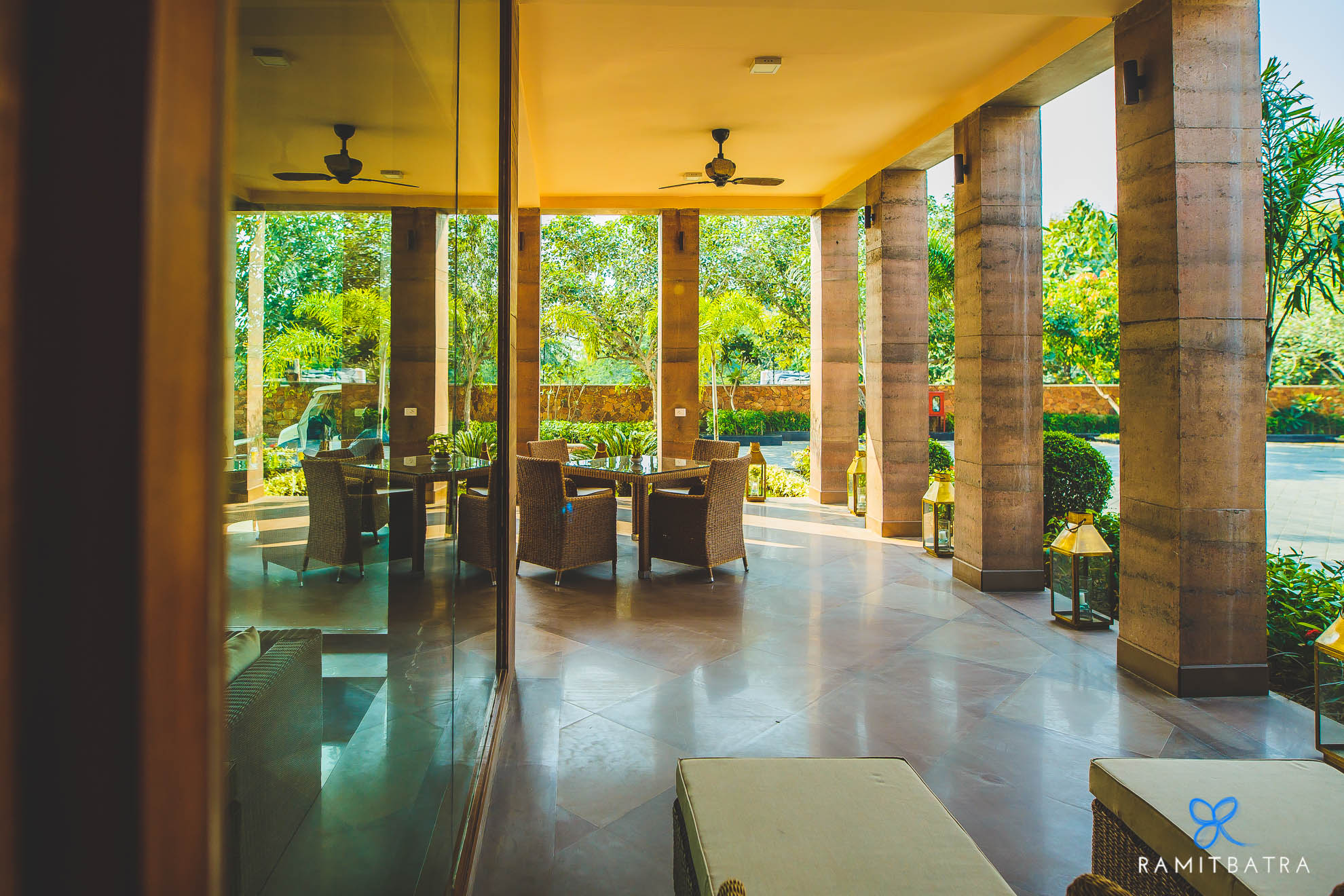 lalit-mangar-hotel-near-delhi-ramitbatra-004