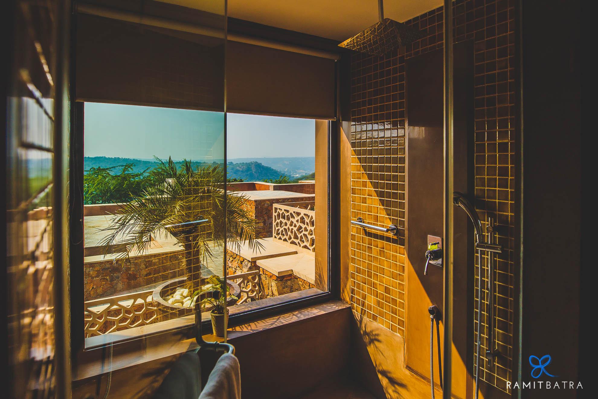 lalit-mangar-hotel-near-delhi-ramitbatra-008