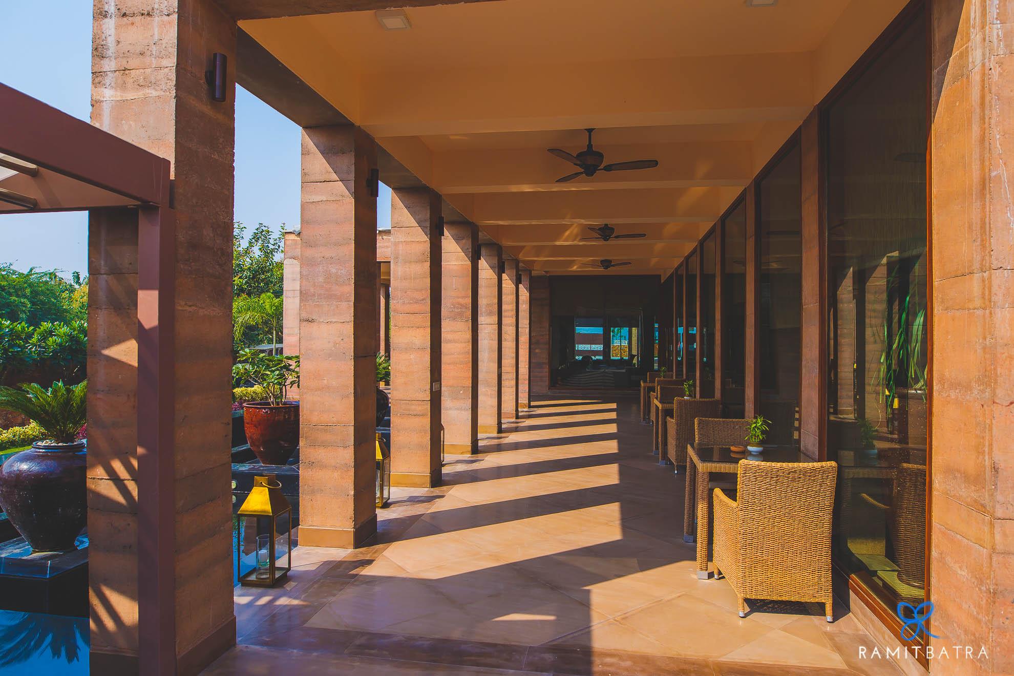 lalit-mangar-hotel-near-delhi-ramitbatra-013