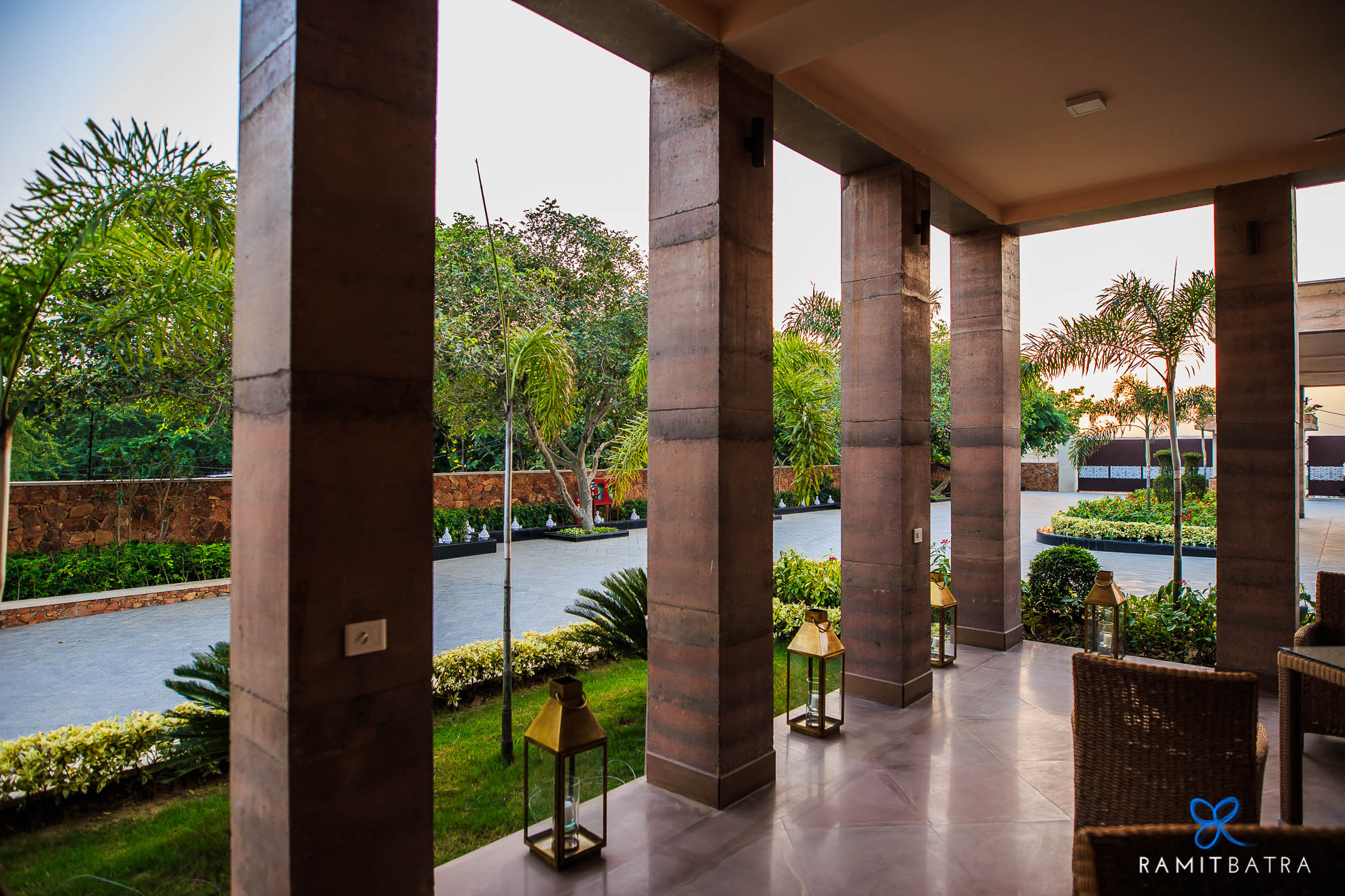 lalit-mangar-hotel-near-delhi-ramitbatra-026