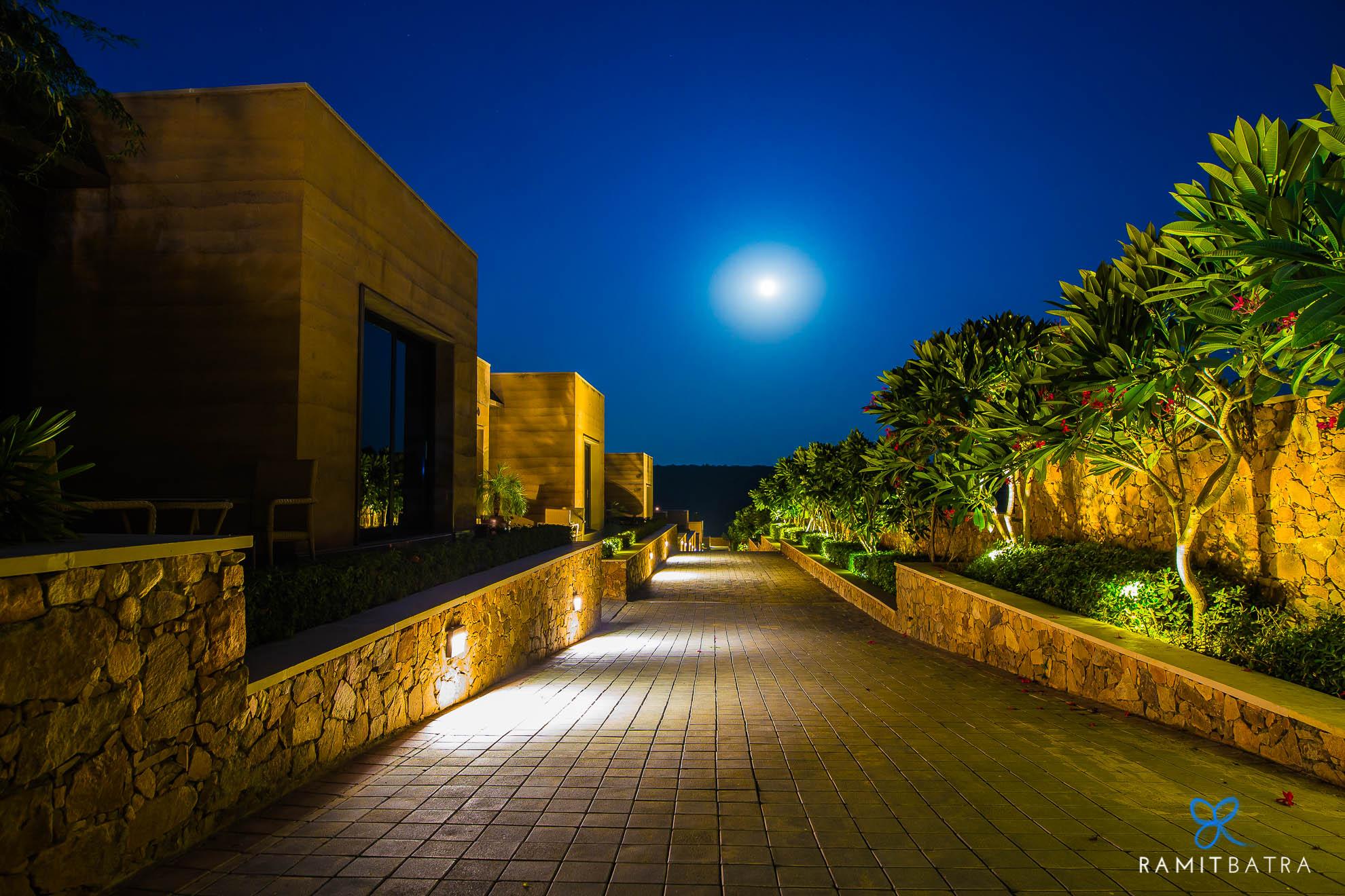 lalit-mangar-hotel-near-delhi-ramitbatra-035